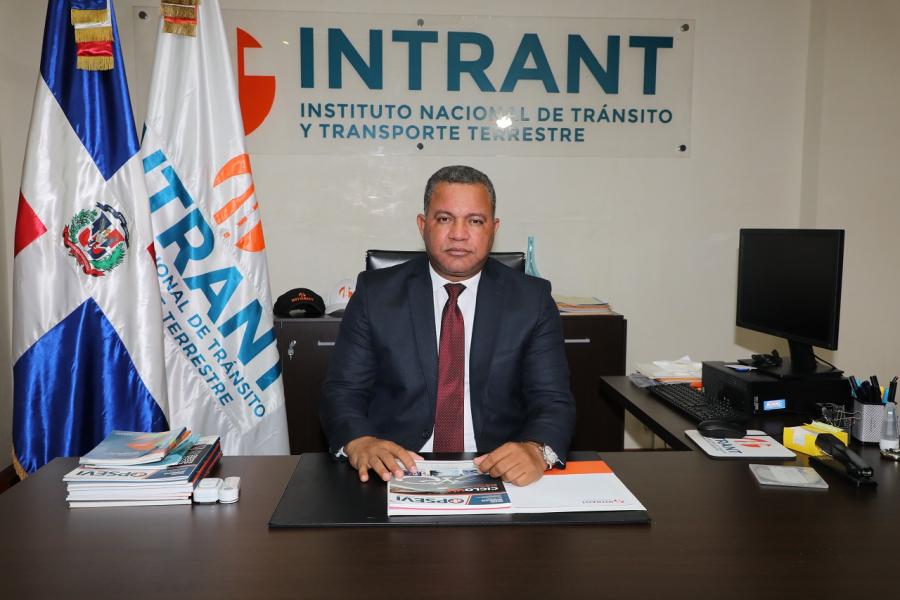 Instituto Nacional de Tránsito y Transporte Terrestre | INTRANT - Designan  a Rafael Arias como director ejecutivo del INTRANT